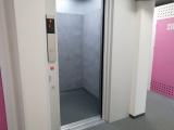 館内エレベーター 善福寺店|トランクルーム東京