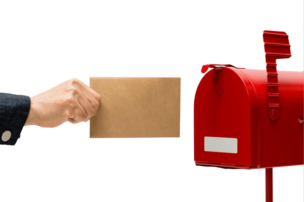 トランクルームの鍵は自宅の郵便箱へ郵送